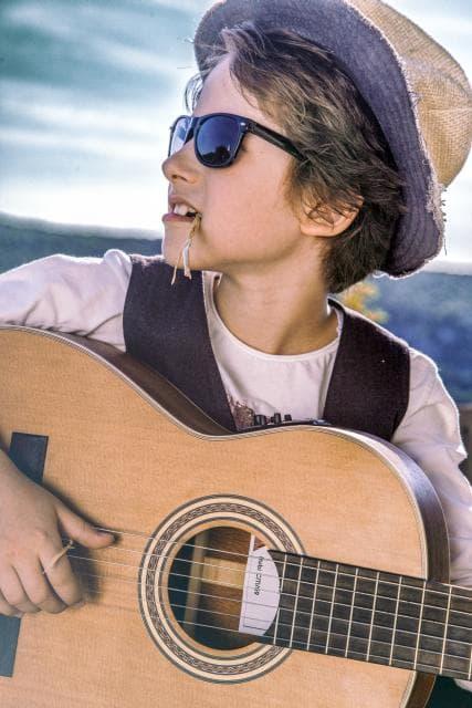 Frano Zivkovic Guitar2